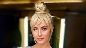 tinkerbell hairstyle julianne hough channeled tinkerbell for her dwts disney night look