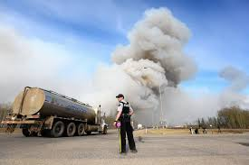 How Many Wildfires In Canada by Wildfire At Fort Mcmurray Quickly Overtakes Canada U0027s Environmental