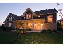 4 bedroom craftsman house plans striking craftsman hwbdo76724 craftsman from builderhouseplans