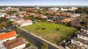 the block 2017 how much will the houses sell for in elsternwick