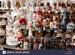 pope souvenirs souvenir figures of the pope politicians and in a
