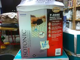 amazon com isotonic 7 zone memory foam mattress topper home