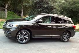 nissan pathfinder reviews 2017 comparison 2017 nissan pathfinder plenty of room for passengers