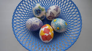 Easter Eggs Decorated With Paper Napkins by Make Beautiful Paper Napkin Easter Eggs Diy Crafts