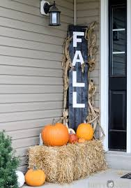 Pictures Of Front Porches Decorated For Fall - diy fall decorations for your home landeelu com