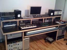 Diy Studio Desk 100337d1226596221 Studio Desks Inspiration Photo 640 480 With