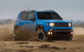 jeep honda face off friday 2015 jeep renegade vs 2016 honda hr v