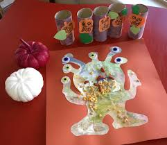 Fun Easy Halloween Crafts by 10 Ridiculously Easy Halloween Arts And Crafts Projects To Do With