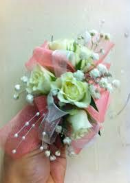 Prom Wristlets W101 Prom Wristlet In Desoto Tx De Soto Florist