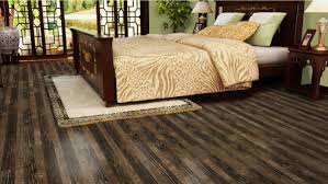 random width design laminatethe floors to your home