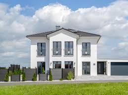 stadtvilla mit stil auen u2022 fertighaus von albert haus