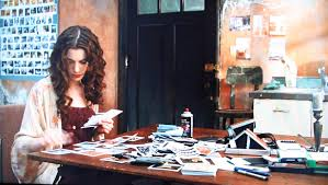 polaroid cupcake movie interiors love and other drugs