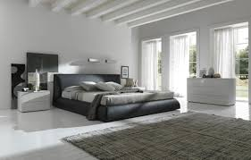 Types Of Carpets For Bedrooms Wooden Beam Ceiling And Grey Carpet For Bedroom Decorating Ideas