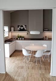 forme cuisine table cuisine forme originale cuisine idées de décoration de
