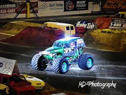 monster truck show detroit monster truck grave digger videos uvan us