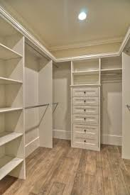 walk in closets designs best 25 walk in wardrobe ideas on pinterest walking closet walk in