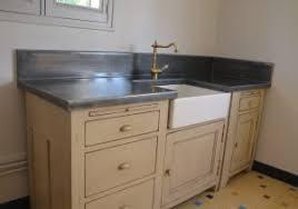 plan de travail en zinc pour cuisine feuille de zinc pour plan de travail avec cuisine plan de travail