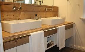 badezimmer waschtisch waschtisch unterschrank mit integrierter wandverkleidung modern