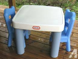 step 2 plastic train table tikes table and chairs little table and 2 chairs off mallard little
