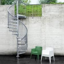 bloc marche escalier exterieur escalier steel zink pixima colimaçon rond en acier 13 marches
