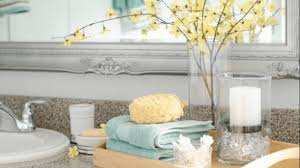 bathroom decorating accessories and ideas adorable 9 easy bathroom decor ideas 150 in decorating