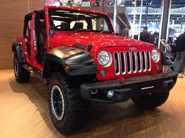 indian police jeep auto expo 2016 day 1 highlights sachin tendulkar launches new