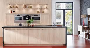 cuisine ouverte ilot central cuisine ouverte avec ilot central en 2017 et cuisine américaine avec
