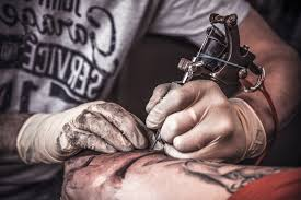 study finds nanoparticles from tattoos can travel to lymph nodes