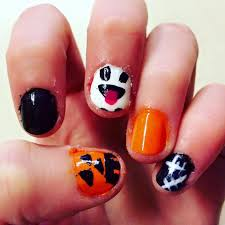 diy last minute halloween nails for short small nails halloween