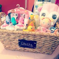 diy baby girl gifts baby shower gift basket ideas diy baby shower gifts made from diapers
