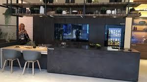 la maison de la cuisine la maison du futur awesome un lit baldaquin avec cran with la
