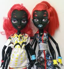 monster high doll nerd