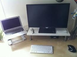 support ecran pc pour bureau un support d écran pour 10 chez ikea darklg