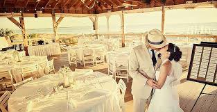 cheap wedding venues island weddings honeymoon island florida