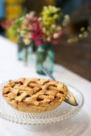 pie instead of wedding cake weddingbee