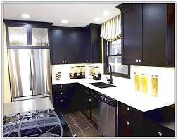 Painted Shaker Kitchen Cabinets Painted Shaker Style Kitchen Cabinets Home Design Ideas