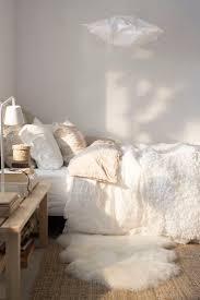 deco chambre blanche mode cocooning deco blanc douille chambre parents décoration