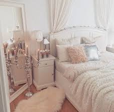 Best 10 Preppy Bedding Ideas by Best 25 Glam Bedroom Ideas On Pinterest Bed Goals Mirror