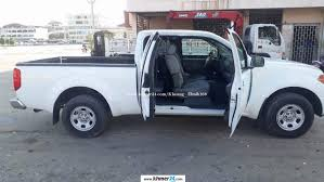 white nissan frontier i need tosell nissan frontier 2005 white machine 4 in phnom penh