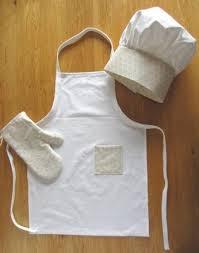 tablier cuisine pour enfant une toque pour enfant assortie au tablier créations et bidouilles