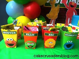 how to make sesame street party favour box decorations