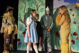 wizard of oz tree costume avalon avalonschwirral twitter