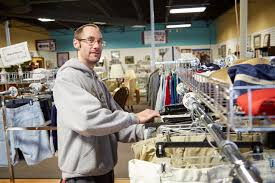 Used Furniture Stores Evansville Indiana Erm Thrift Stores Evansville Rescue Mission