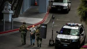 suspect arrested after deadly shooting barricade on las vegas