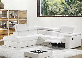 canapé d angle en cuir blanc salon en cuir moderne ou rustique en exposition permanent chez