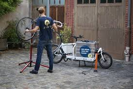 bureau logistique c est la course pour les ateliers de réparation de vélos actu