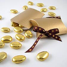 wedding almonds gold foil almonds
