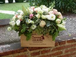 Decoration Florale Mariage Composition Florale Dans Caisse De Vin Fleuriste Gaillac Au