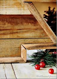 christmas tree pallet pallet wood christmas tree and a linky party thistlewood farm