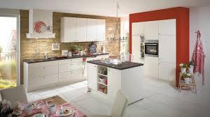 moderne kche mit kleiner insel ideen für die renovierung 7 moderne küchen mit kochinsel als